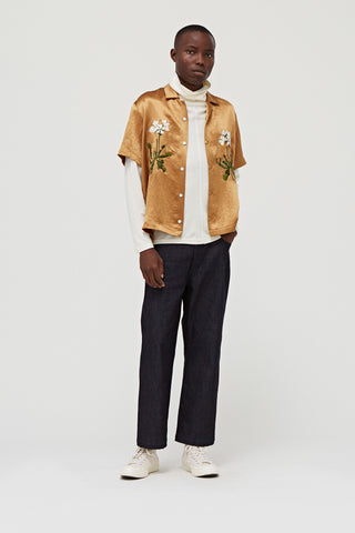 Venus Bowler S/S Button Down Shirt