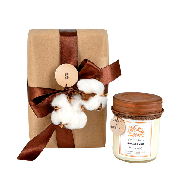 GIFT WRAPPED AND COMPACT CANDLES GIFT SET