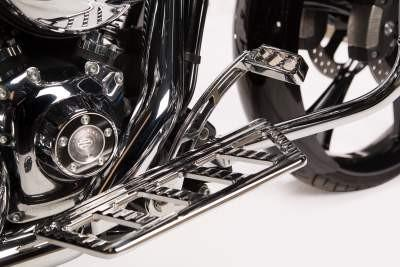 Harley Ambush Series Foot Controls – Chrome by Misfit Industries
