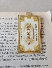 Platform 9 and 3/4 ticket magnetic bookmark