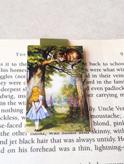 Cheshire Cat - Alice in Wonderland magnetic bookmark