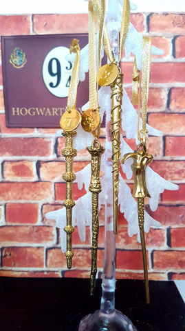 "Set of 4 Personalized ""Golden Snitch"" Wands"