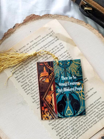 Strange Creatures Crimes of Grindelwald bookmark