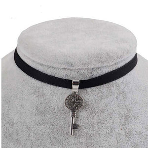 Black Velvet Ribbon Key Choker Necklace