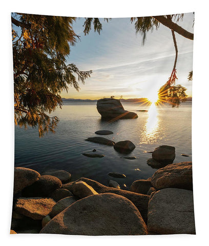 Bonsai Rock Sunburst Vertical - Tapestry