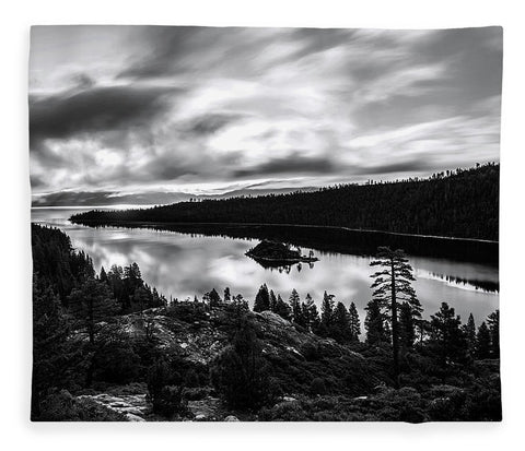 Emerald Bay Rays Black And White By Brad Scott - Blanket
