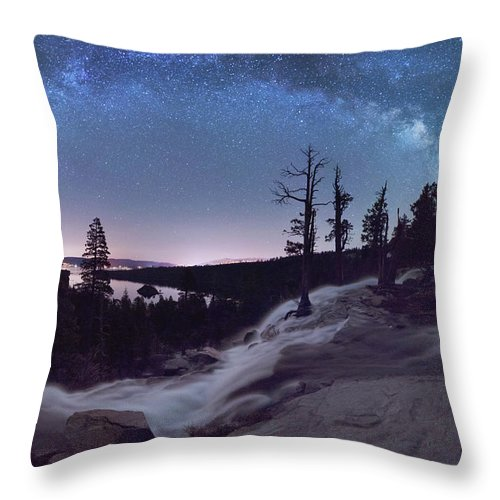 Flowing Dreams - Emerald Bay By Brad Scott - Throw Pillow-Lake Tahoe Prints