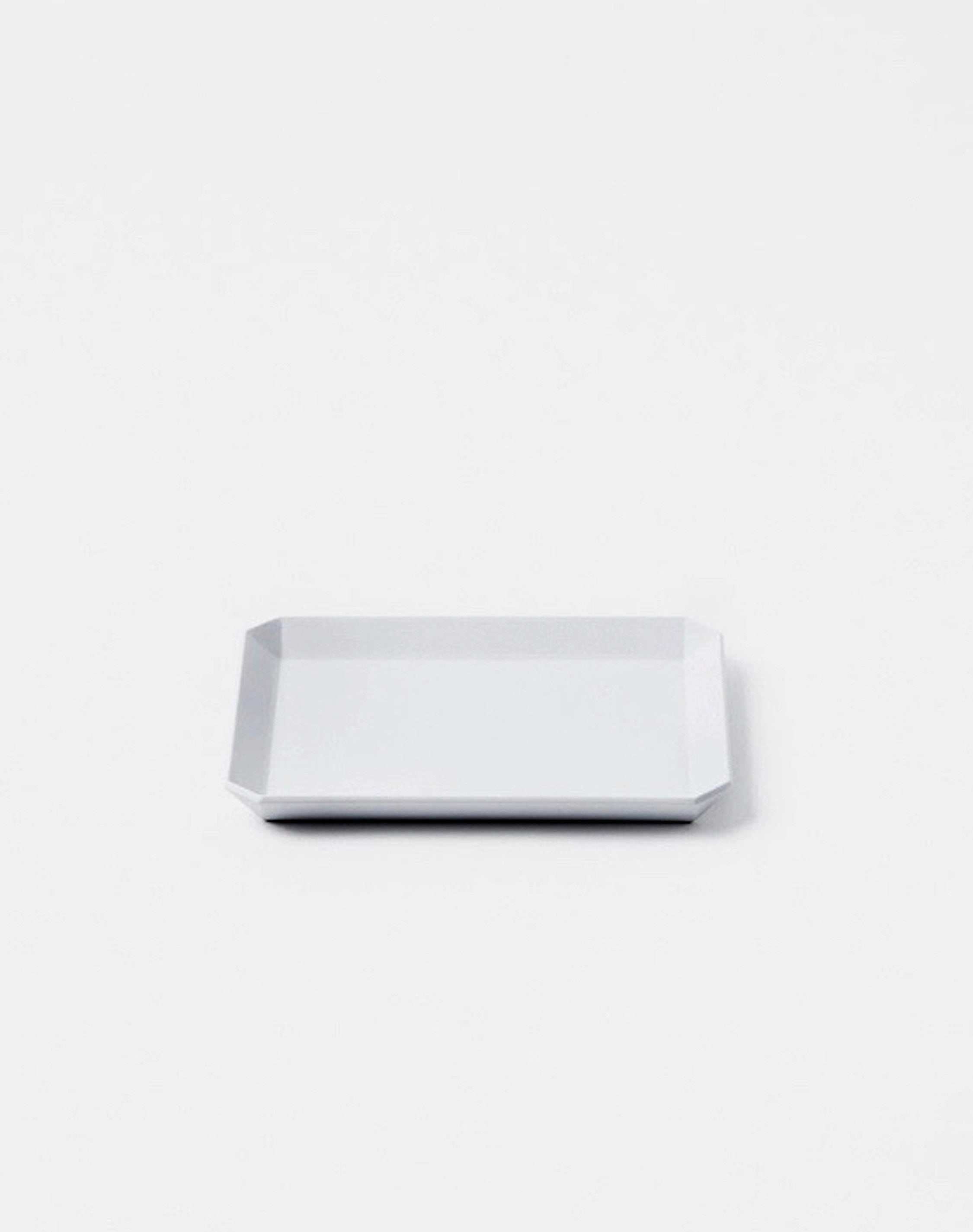 TY Square Plate 130 Gray