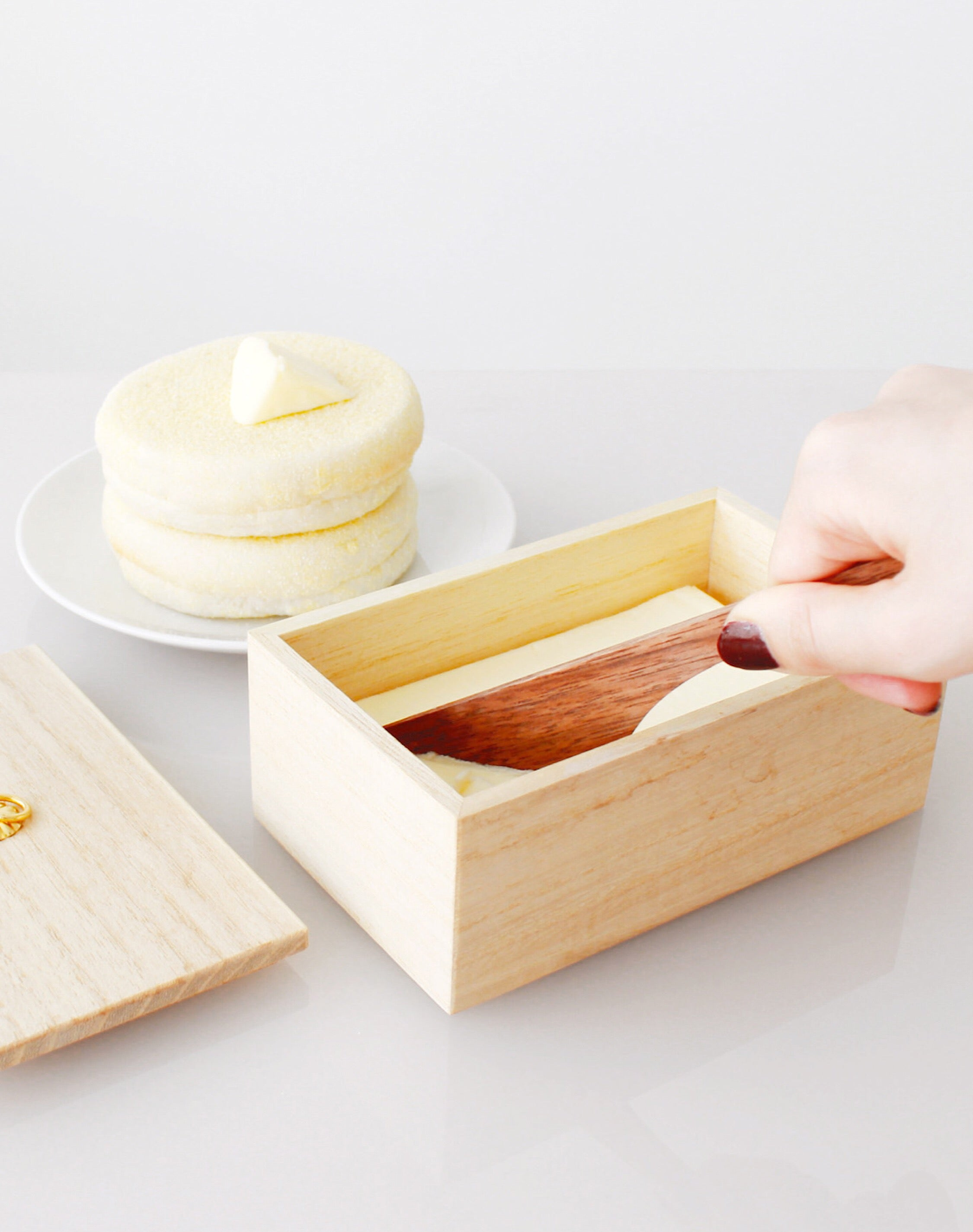 Kiri Butter Case and Knife