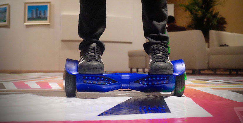 swagtron-t1-hoverboard-blue-pratice