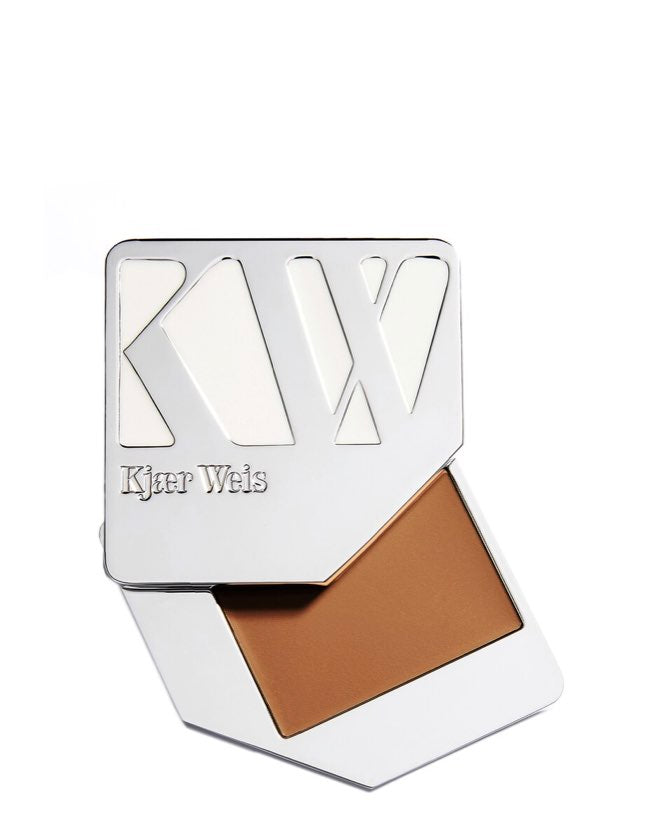 Kjaer Weis - Cream Foundation Delicate