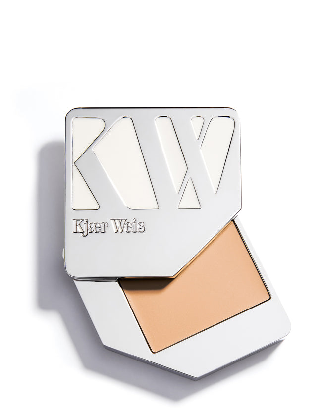 Kjaer Weis - Cream Foundation Ethereal - Naturkosmetik