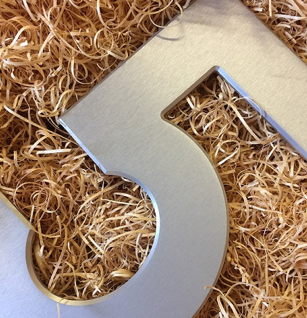 Medium House Numbers 20cm