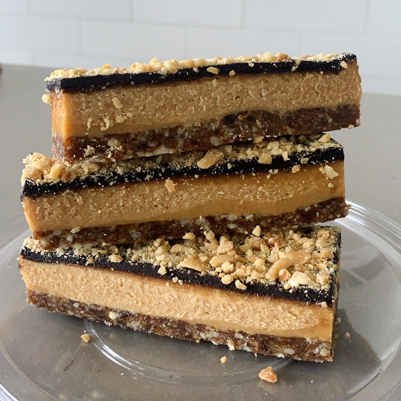 Raw Peanut Butter + Cacao slice