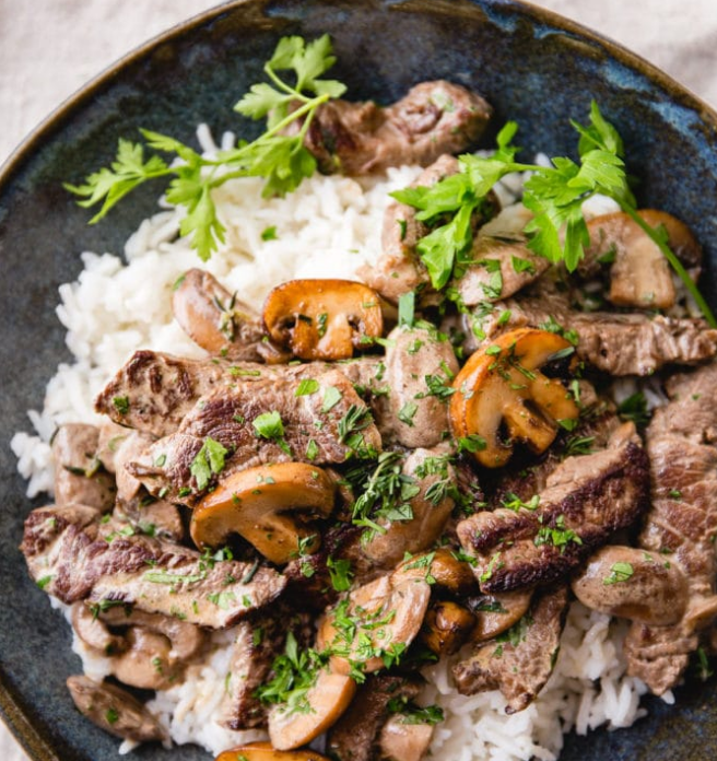 FAMILY BEEF STROGANOFF WITH BROWN RICE