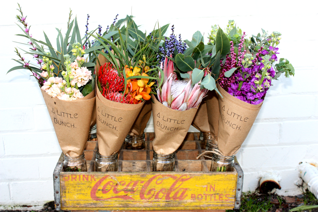Where do A Little Bunch deliver flowers to across Perth?