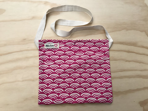 Fuschia Waves Musette