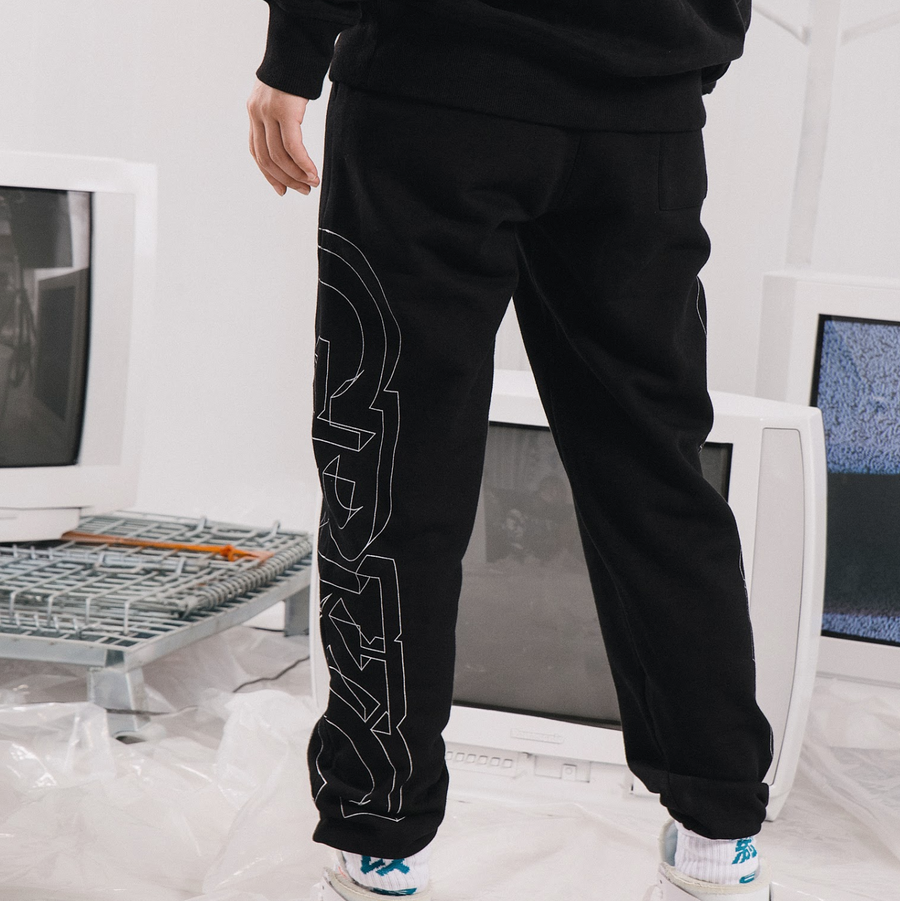 GRKC - Stylistic Logo Line Sweatpants