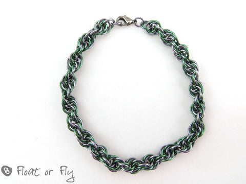 Super Spiral Chain Maille Bracelet - Green & Grey