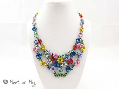 Mobius Cluster Chain Maille Necklace - Multicolour