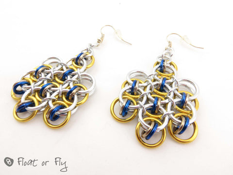 Helm Chain Maille Earrings - Golden and blue