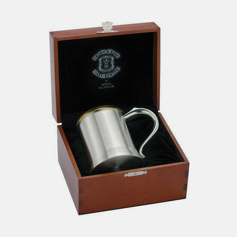 beautiful pewter tankard 1 pint with a brass yellow top and a presentation box