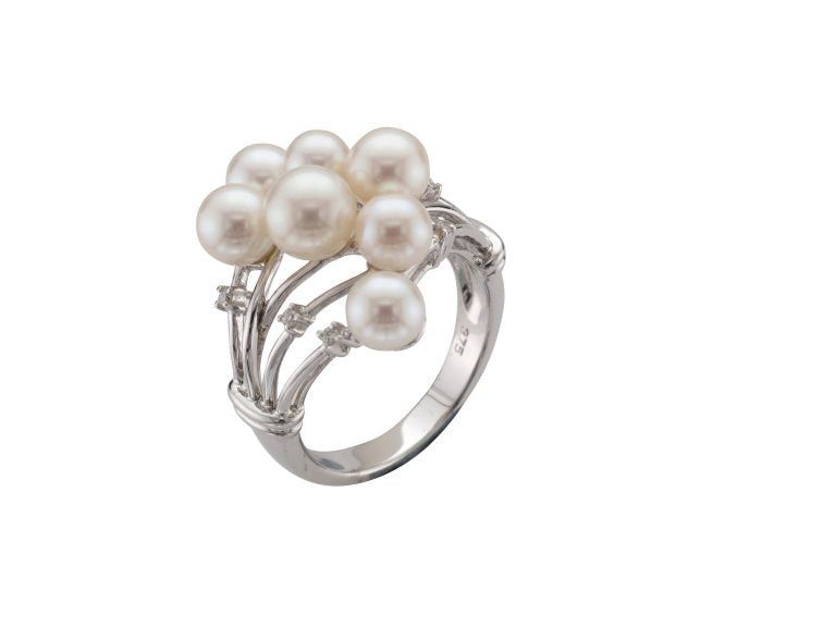 Freshwater Pearl & Diamond Ring in 9ct White Gold