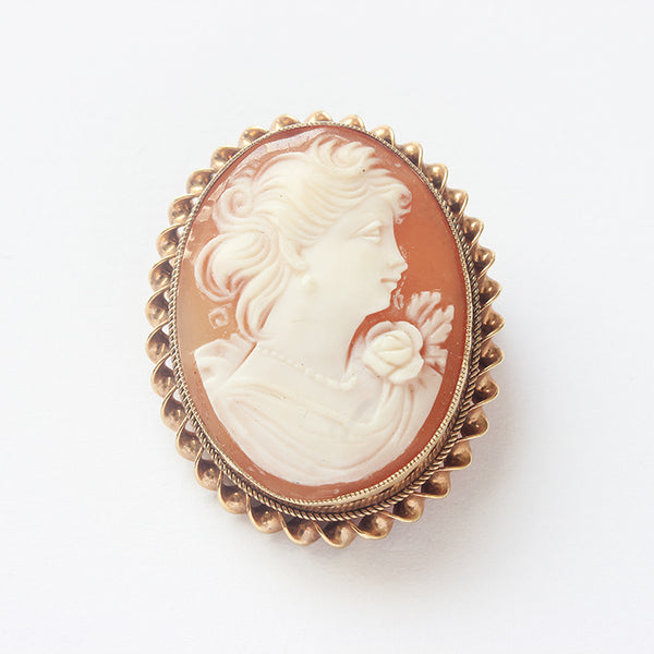 a vintage yellow gold oval cameo brooch at marston barrett in lewes sussex