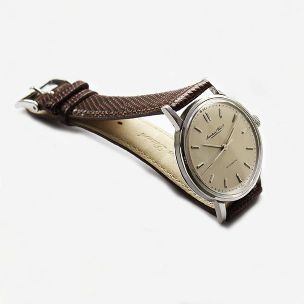 a superb IWC mens watch with leather strap and batons