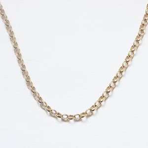 a classic vintage oval belcher chain in yellow gold preowned