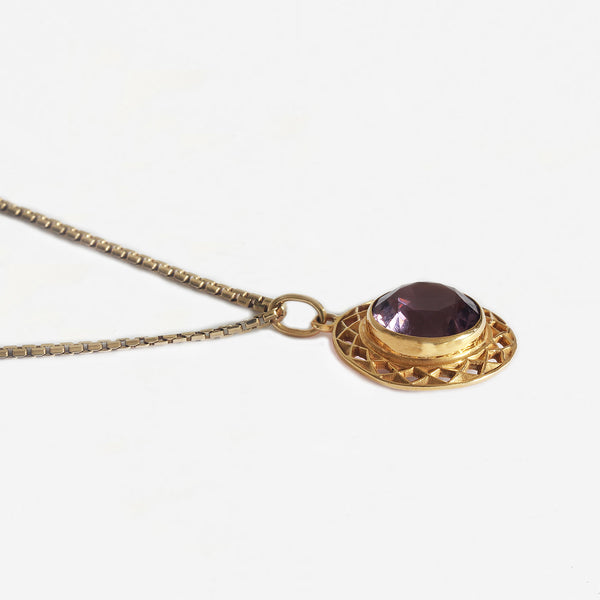 a secondhand yellow gold and amethyst circular pendant necklace