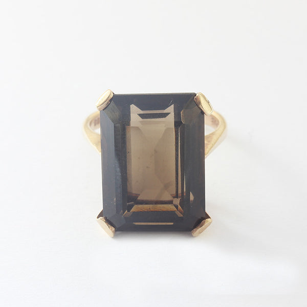 a smokey quartz single stone claw set yellow gold secondhand dress ring