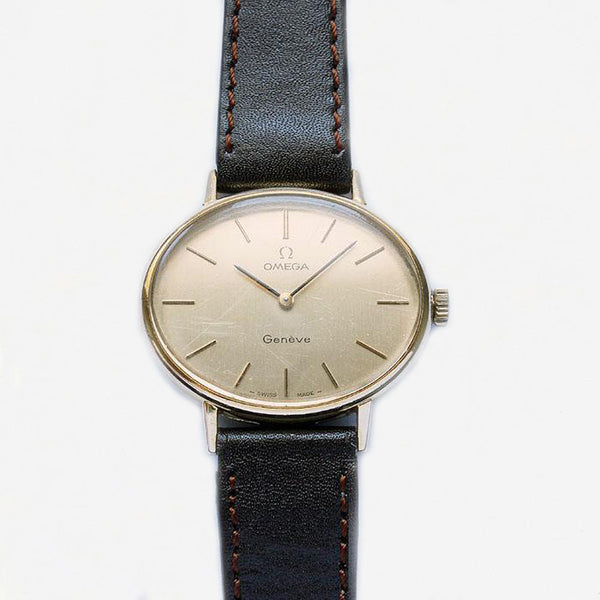 a vintage mens or women's oval gold plate watch with brown leather strap vintage design at marston barrett in lewes