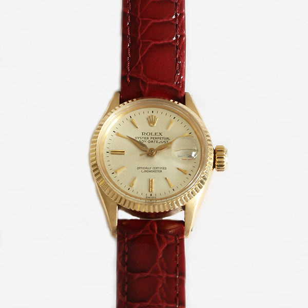 an oyster rolex perpetual date feature wrist watch for ladies with papers and box