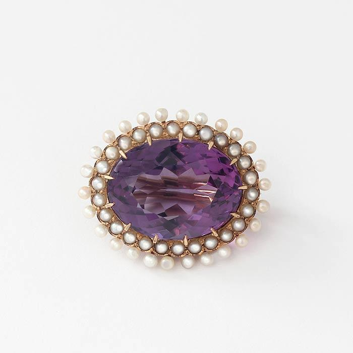 a victorian amethyst and pearl cluster oval yellow gold brooch
