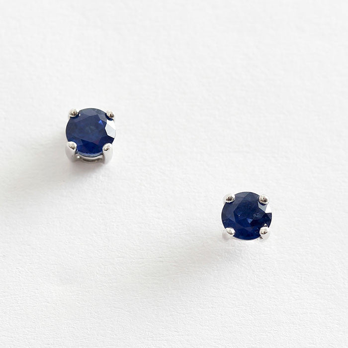 18ct gold sapphire studs round in shape claw set marston barrett lewes