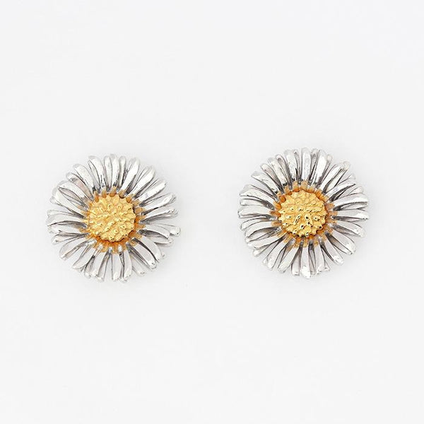 daisy shaped large stud earrings in silver with a yellow gilt centre