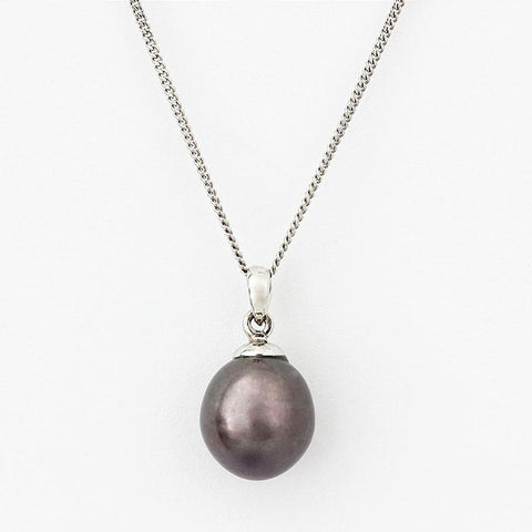 black freshwater pearl pendant necklace white gold