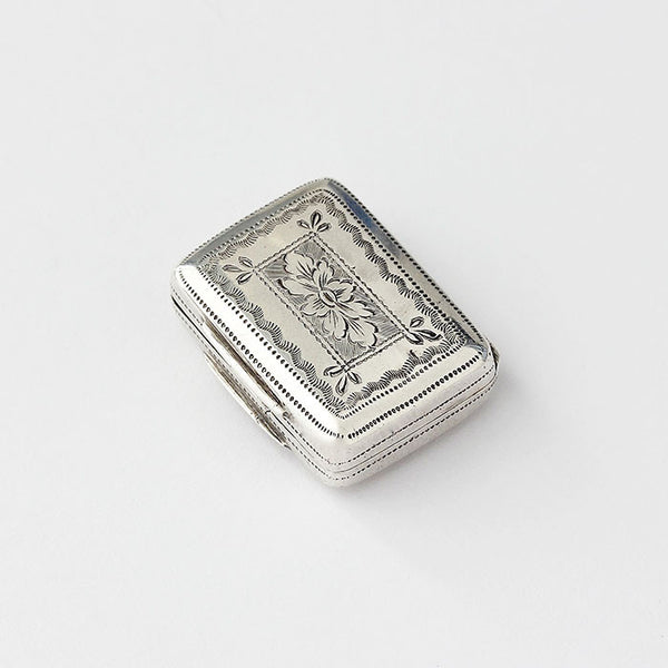 a silver vinaigrette dated 1827 georgian period with engraving