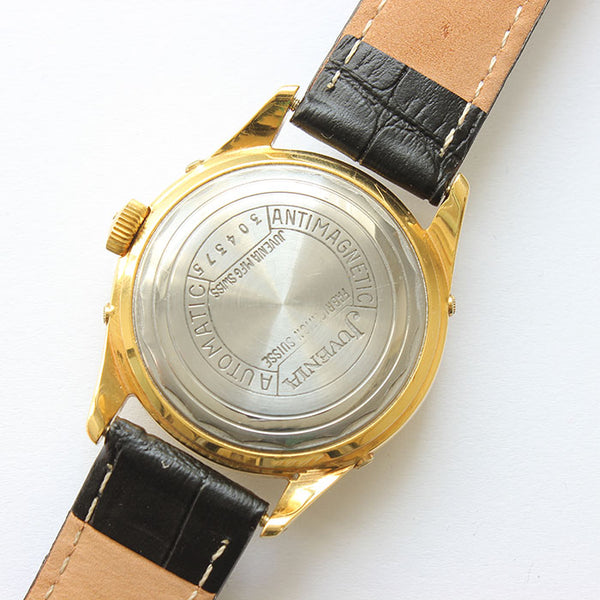 a vintage juvenia automatic watch for men