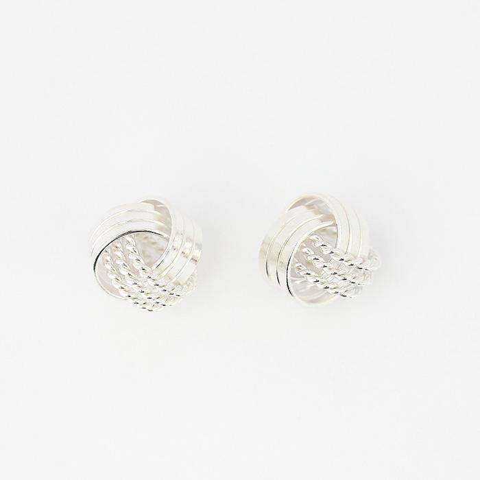 silver patterned knot design stud earrings with post and butterfly fitting