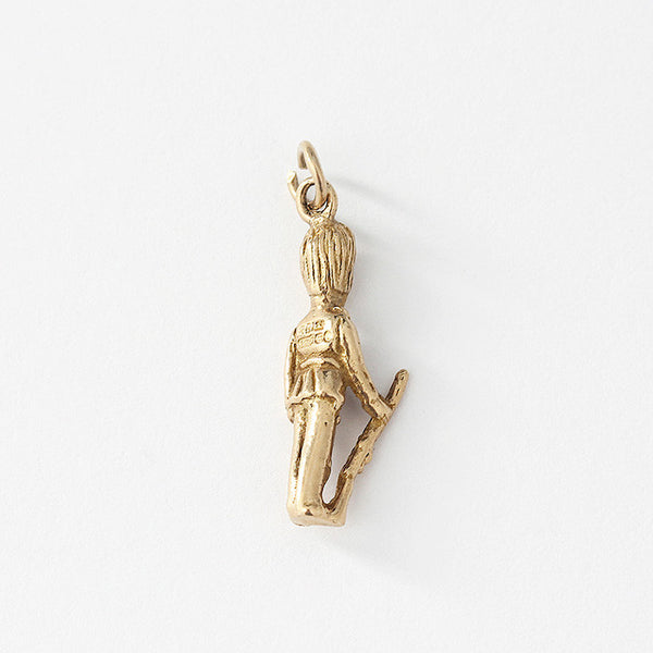 a secondhand 9ct yellow gold london guard charm
