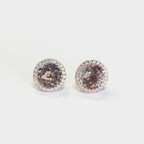 a stunning morganite and diamond round cluster stud earrings in rose gold setting
