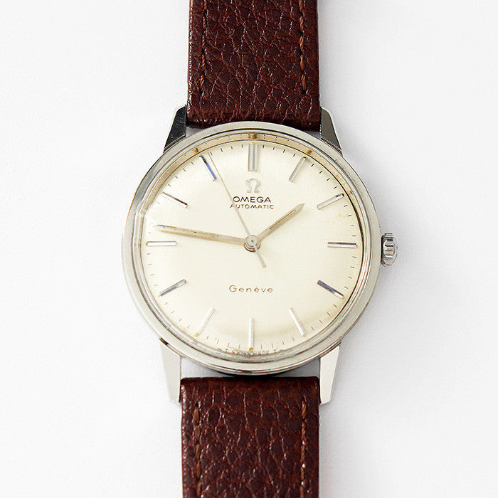 a vintage gents omega geneva watch automatic