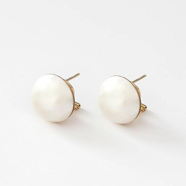 a yellow gold secondhand pair of clip on earrings with a 16mm mabe pearl