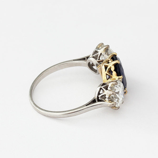 sapphire and diamond 3 stone ring gold setting