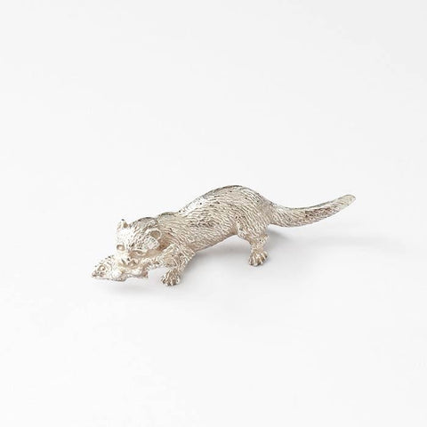 a fine quality otter sterling silver ornament with a fish in its mouth british made and fully hallmarked