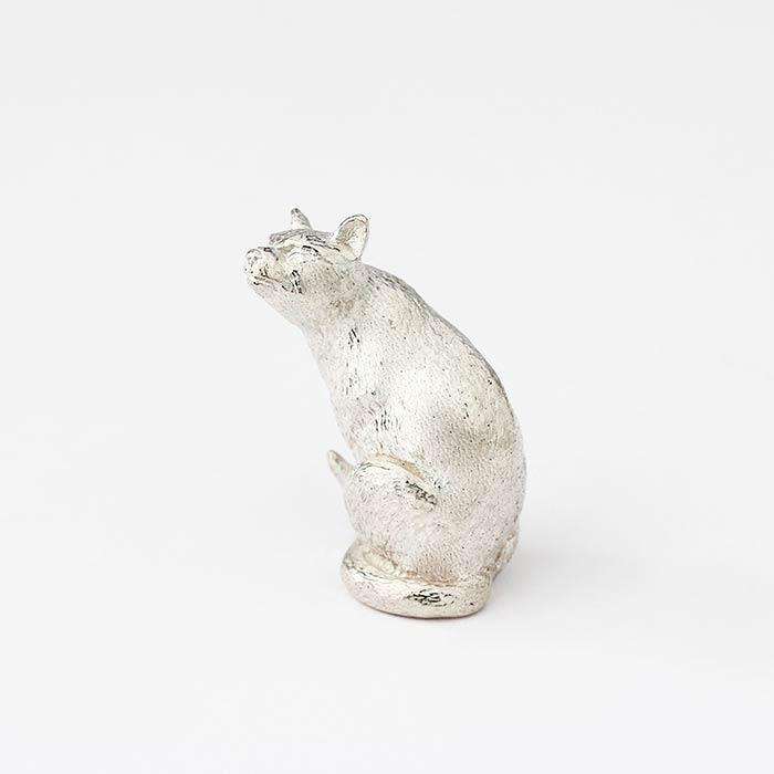 sterling silver siamese sitting cat ornament with solid weight and all british made