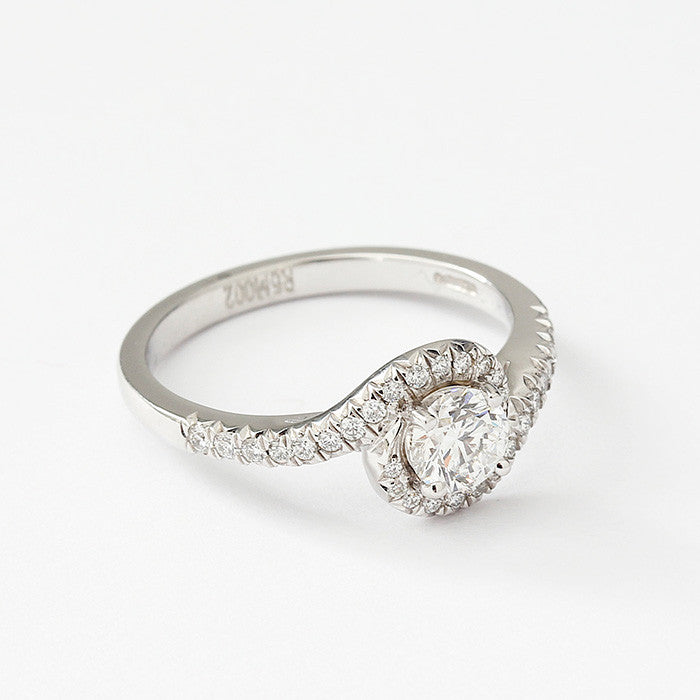 platinum diamond crossover cluster ring with GIA certificate and diamond shoulders
