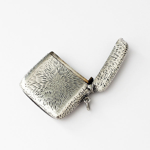 an edwardian silver vesta case with motif and pattern square shaped rounded edges chester 1906